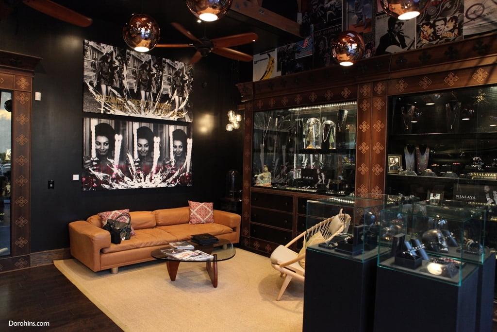 Jannik Olander_instagram_wiki_LA_Dorohins_Nialaya Jewelry (4)