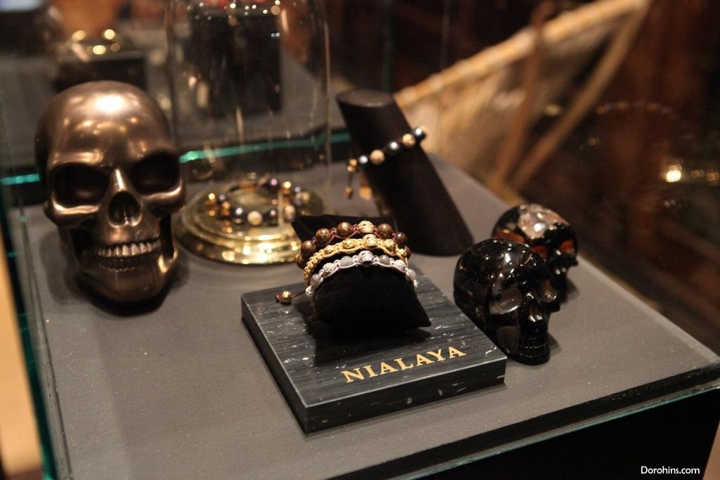 Jannik Olander_instagram_wiki_LA_Dorohins_Nialaya Jewelry (9)