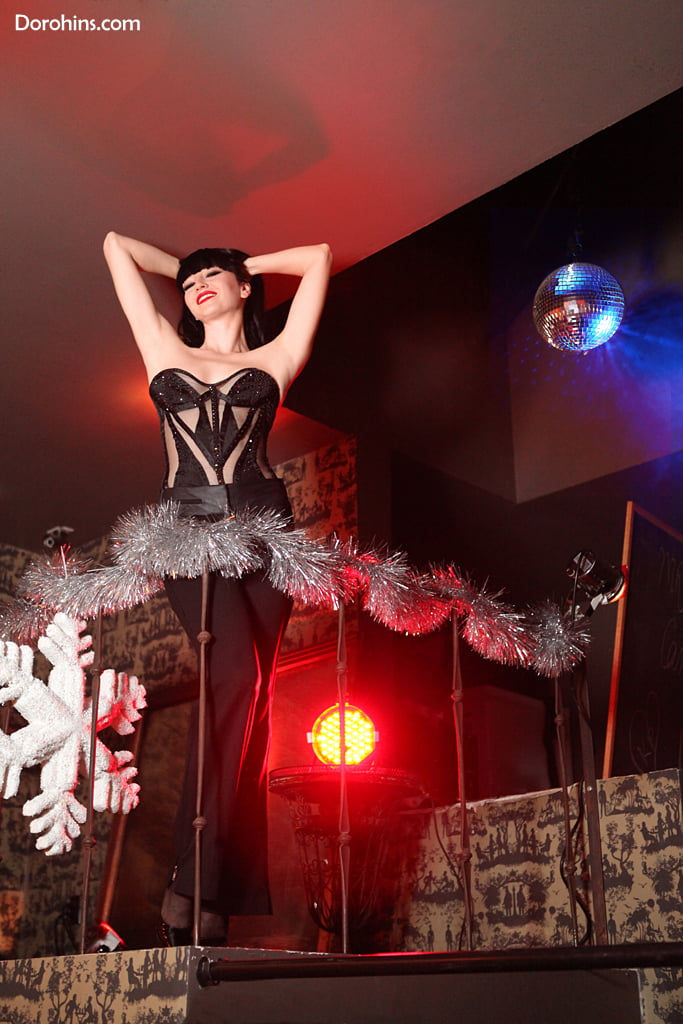Lada Nikolska_Crazy Horse_крейзи хорс_Los Angeles_шоу_фото_москва_париж (5)