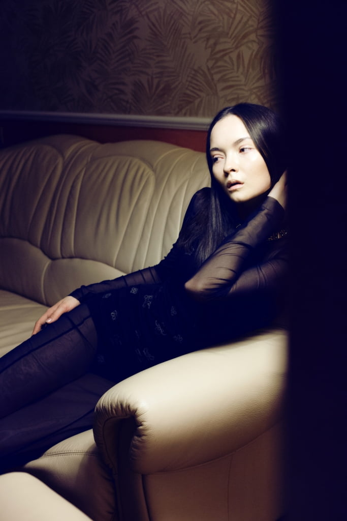Nastya Tarasava_Dorohins Magazine_Julia Ivashkina (9)