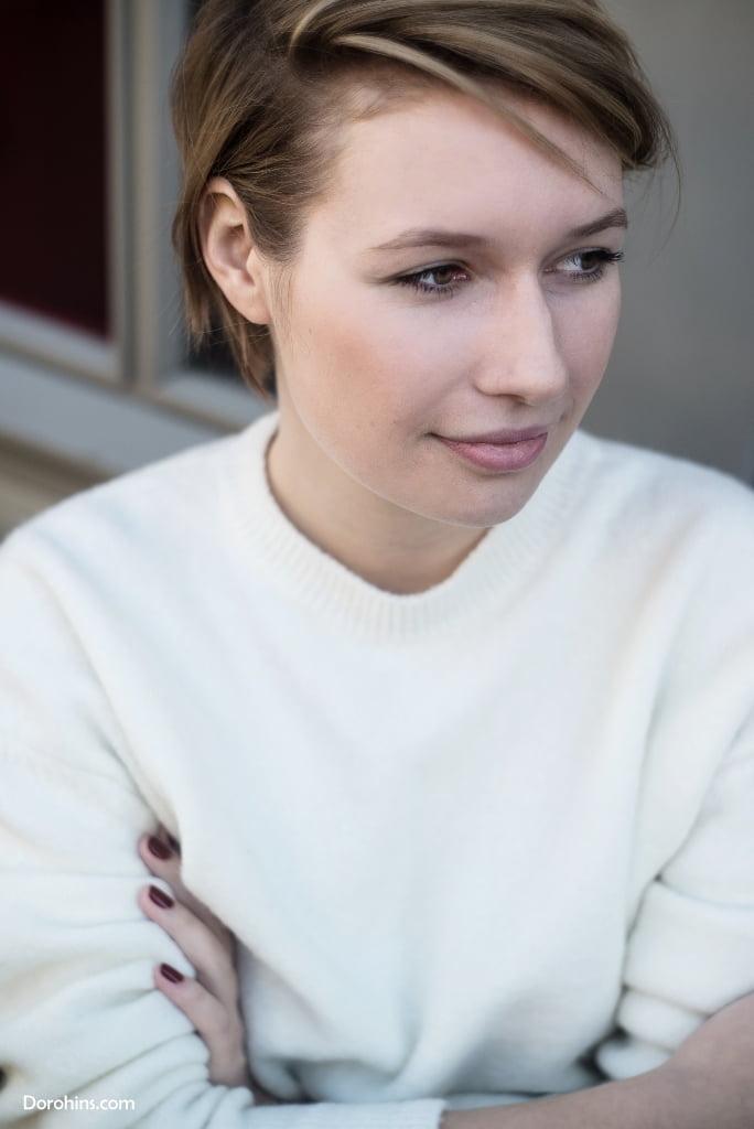 1418834495_Cosmopolitan_Киев_украина_купить_фото_Анна Баздрева_интервью_фото_инстаграм (9)