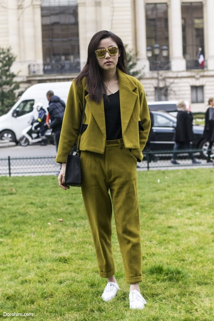1426022262_PFW_street_style_paris_fashion_week_fashion_week_fashion_2015_model_Dorohins_Magazine_photo