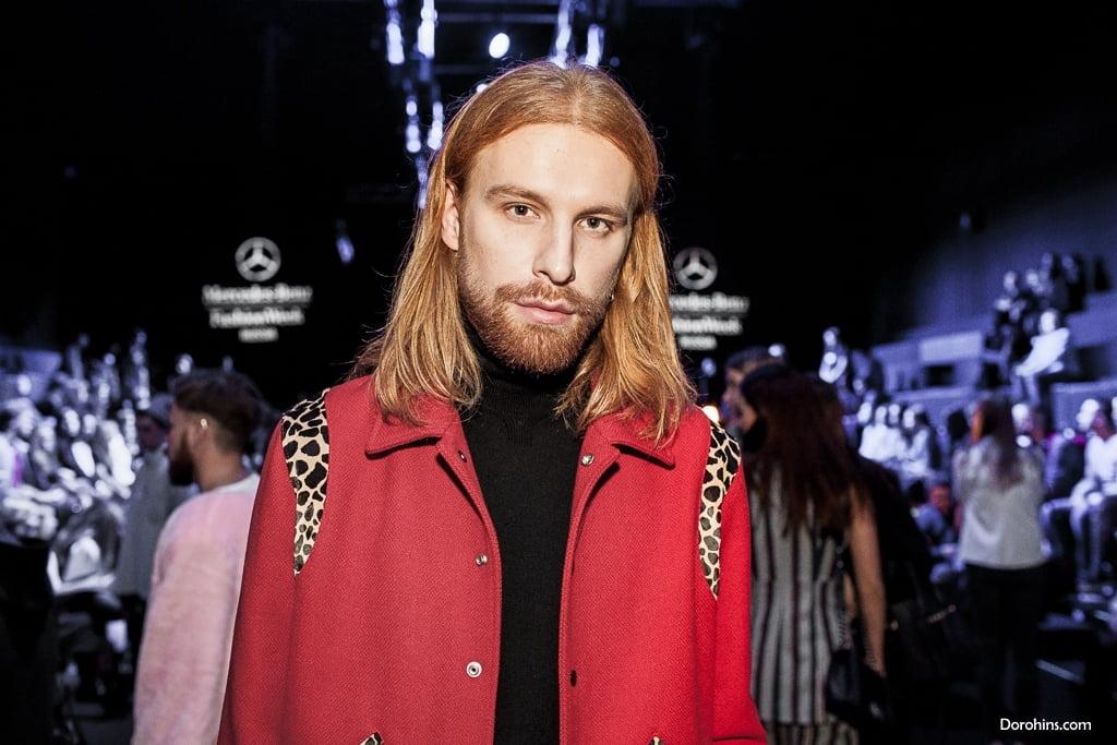 Александр Кузыомин_Mercedes-Benz Fashion Week Russia_Гости 3 день_KETIone_BEssARION_23.10_MBFWRussia фото (33)