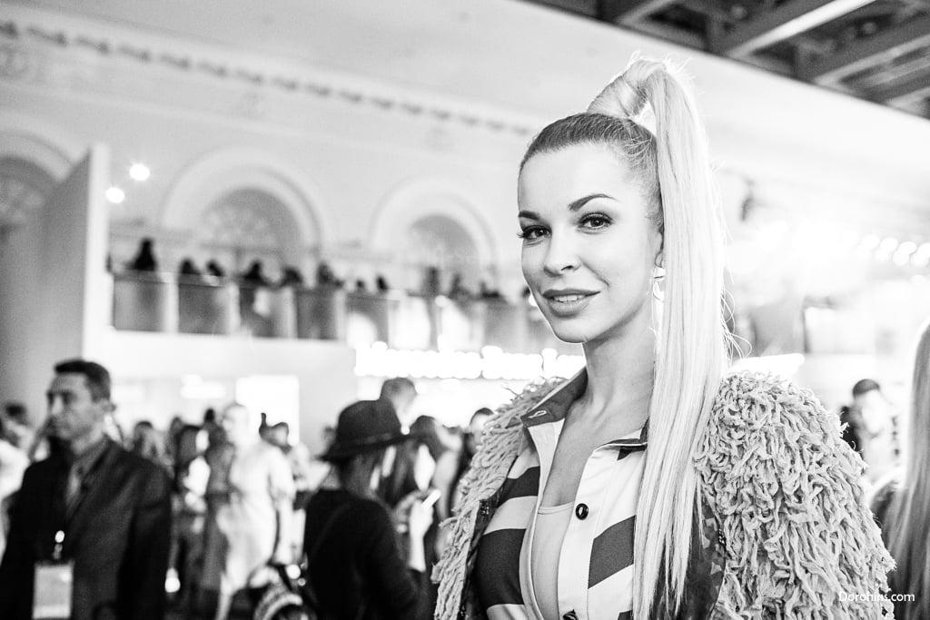Малена Маяковская_Mercedes-Benz Fashion Week Russia_гости 3 день_Яся Миночкина, гости показа Миночкина_показ