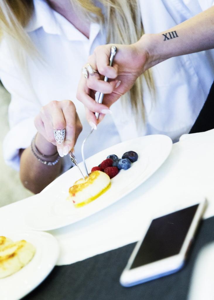 олади_завтрак_фрукты  и олади_сырники и фрукты