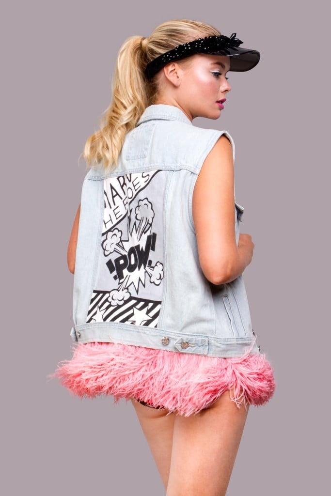 джинсовая куртка с розовыми перьями (3)
