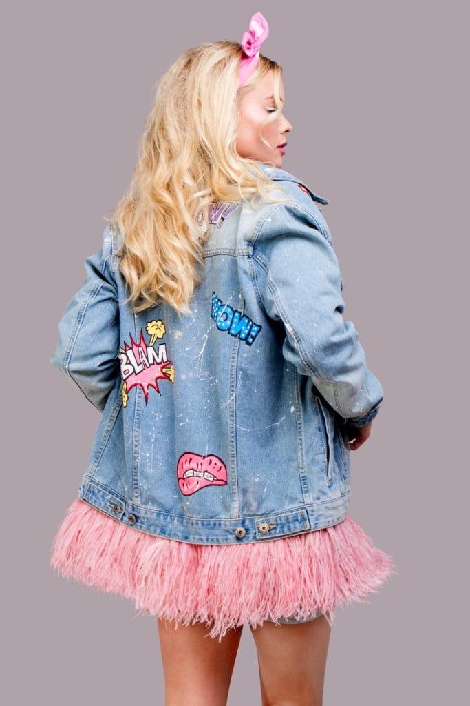 джинсовая куртка с розовыми перьями (4)