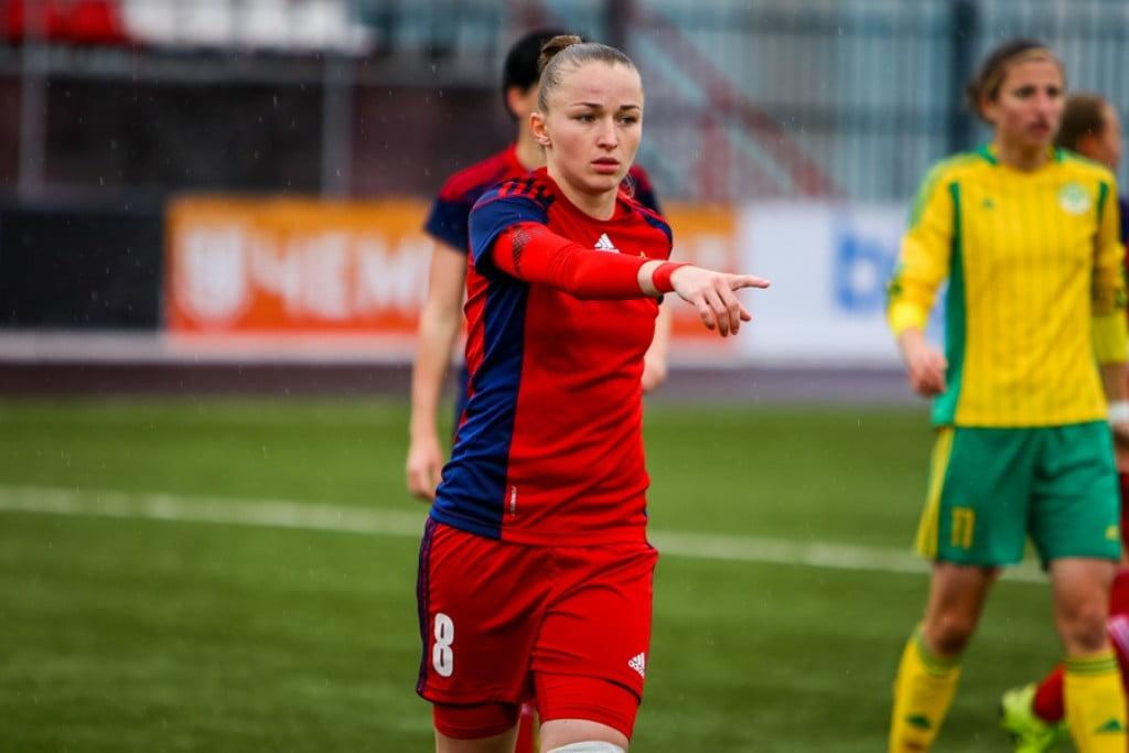 женский футбол_звезды женского футбола_турниры в женском футболе